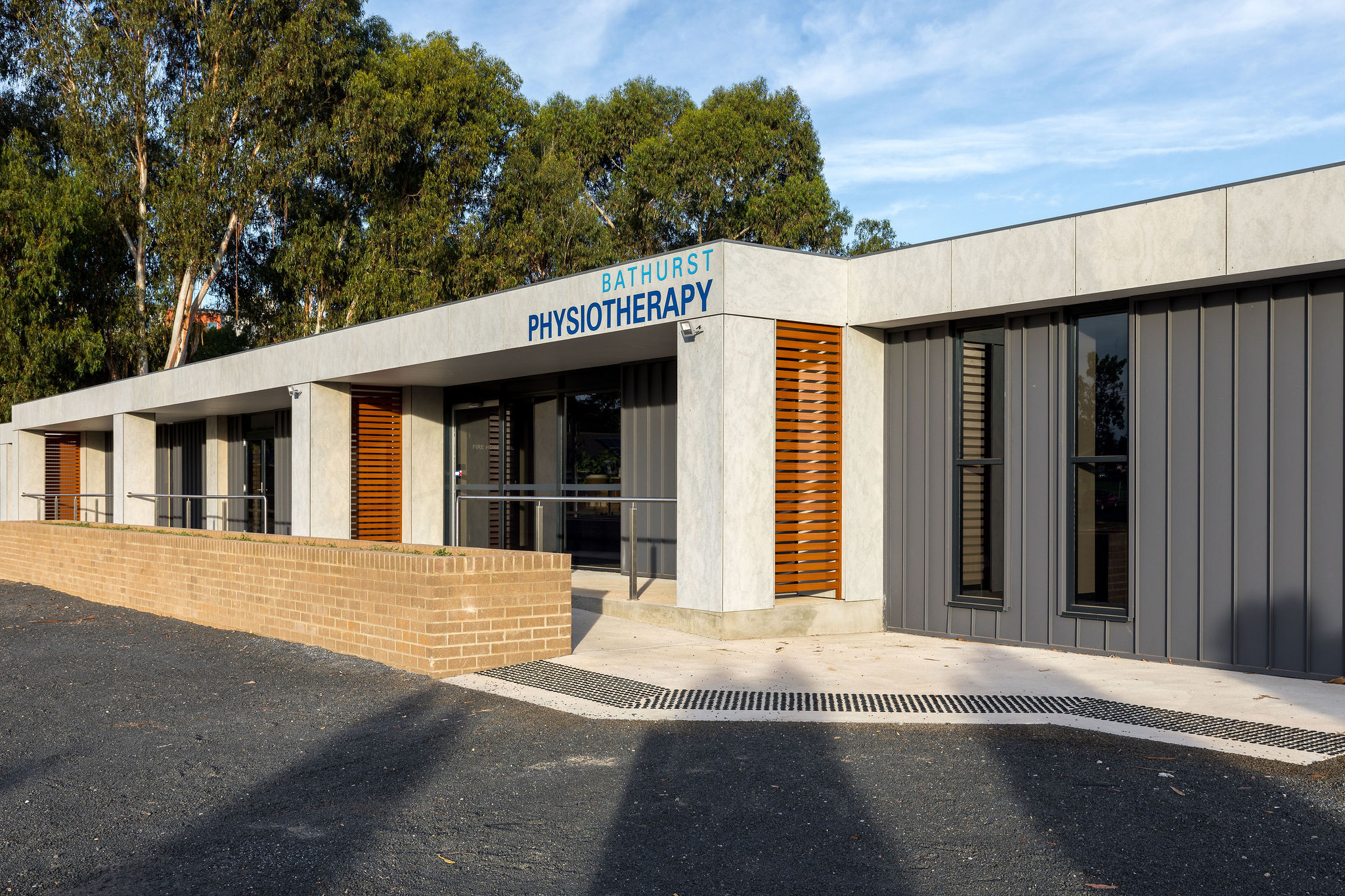Hines-Bathurst_Physio-39
